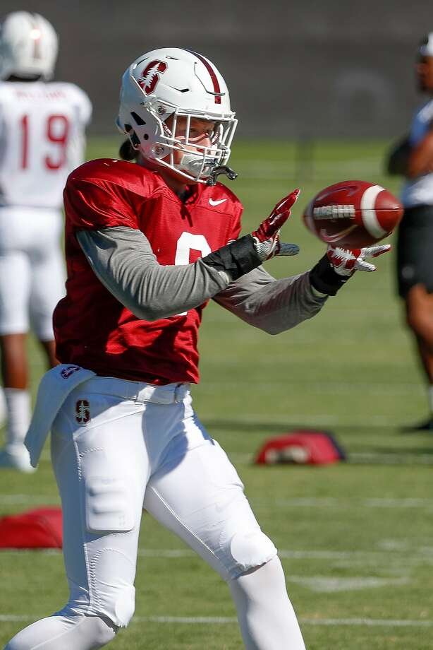 Stanford fullback Reagan Williams (6) catches a ball while doing drills during Stanford football practice at Stanford, Calif., on Monday, August 6, 2018. Photo: Tony Avelar / Special To The Chronicle