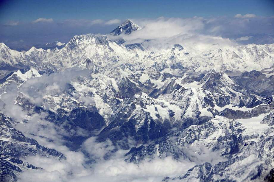 An aerial view shows Mount Everest, also known as the Sagarmatha, on the border between Nepal and Tibet. Photo: Bloomberg Photo By Adeel Halim. / Bloomberg