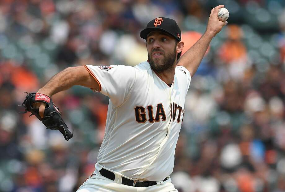 SAN FRANCISCO, CA - AUGUST 07:  Madison Bumgarner #40 of the San Francisco Giants pitches against the Houston Astros in the top of the second inning at AT&T Park on August 7, 2018 in San Francisco, California.  (Photo by Thearon W. Henderson/Getty Images) Photo: Thearon W. Henderson, Getty Images
