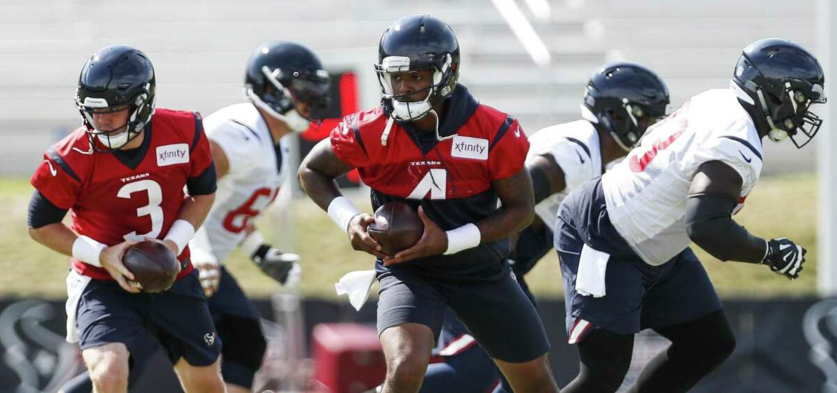 TEXANS-CHIEFS PRESEASON: 5 THINGS TO WATCH 1. Deshaun Watson All eyes will be on the Texans' dynamic second-year quarterback as he's expected to make a brief appearance in his first game situation since last season when he tore his anterior cruciate ligament. Watson has made an impressive recovery, evidenced by his practice performances. It will be instructive to see how Watson fares in an actual game, though.