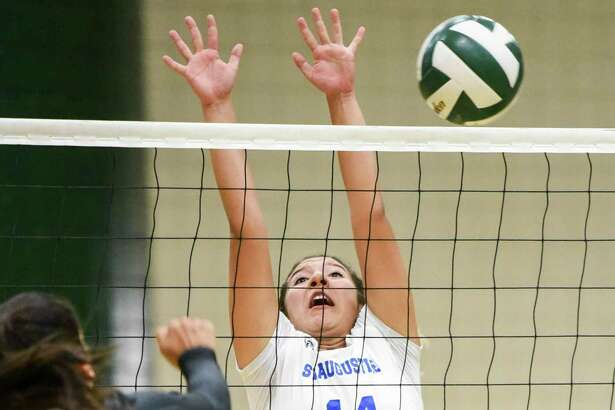 Karla Benavides and St. Augustine remained unbeaten with a 3-0 showing Friday at the Hebronville tournament.