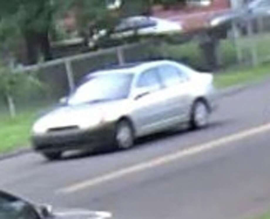 Police are looking for a silver car with a black bumper, possibly a Honda, that drove south on Woodend Avenue after a teen was shot in a drive-by in Stratford, Conn., on Tuesday, Aug. 7, 2018. Photo: Stratford Police