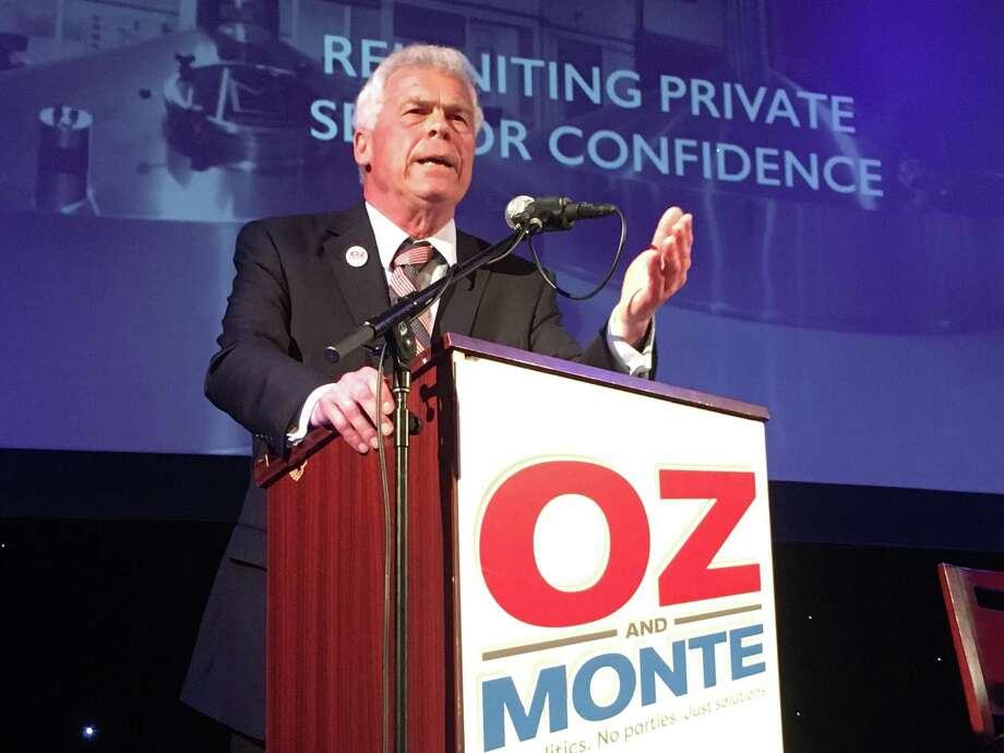 "R. Nelson ""Oz"" Griebel, a Simsbury business executive, speaks at the ""Oz and Monte: No Politics. No Parties. Just Solutions Convention"" in Hartford on May 16, 2018, part of his independent campaign for governor with Monte Frank as lieutenant governor candidate. Photo: Dan Haar / Hearst Connecticut Media"