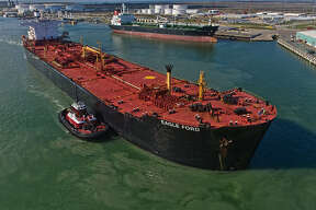 Oil tanker Eagle Ford