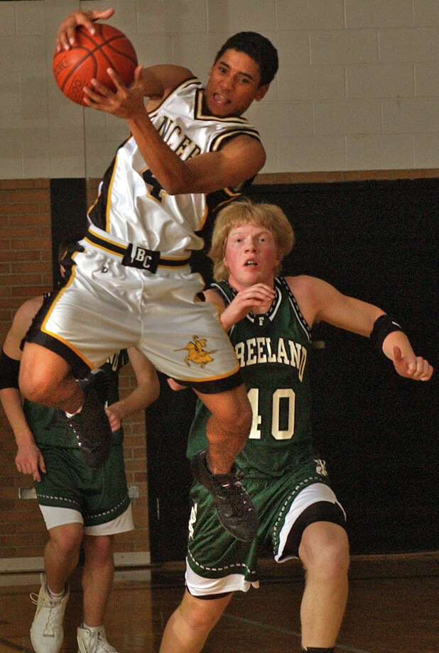 Bullock Creek's Josh Peterson steals the ball from Freeland's Sean Connon in this 2003 Daily News file photo. Photo: Daily News File Photo