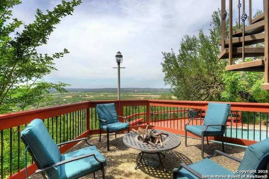 Sponsored by Lee Allen Realty Executives of S.A.