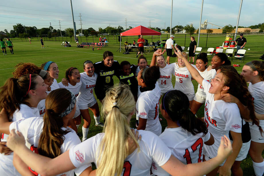 Lamar women's soccer players get hyped up before playing against Rice in their season-opening exhibition game.   Photo taken Wednesday 8/8/18  Ryan Pelham/The Enterprise Photo: Ryan Pelham, The Enterprise / ©2018 The Beaumont Enterprise