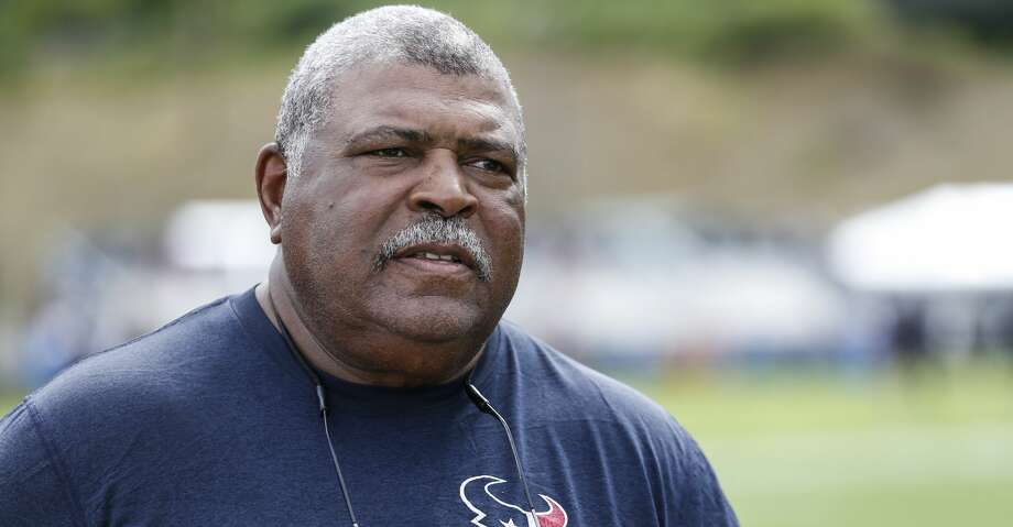 Houston Texans defensive coordinator Romeo Crennel speaks to the media following practice during training camp at the Greenbrier Sports Performance Center on Thursday, Aug. 2, 2018, in White Sulphur Springs, W.Va. Photo: Brett Coomer/Houston Chronicle