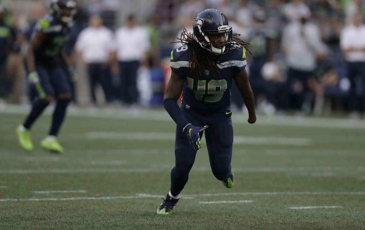 1. SHAQUEM GRIFFIN LOOKS AS GOOD AS ADVERTISED The first-year linebacker was one of the stars of Seattle's defense in his preseason debut. Griffin led the team Thursday with six solo tackles and nine total against the Colts.
