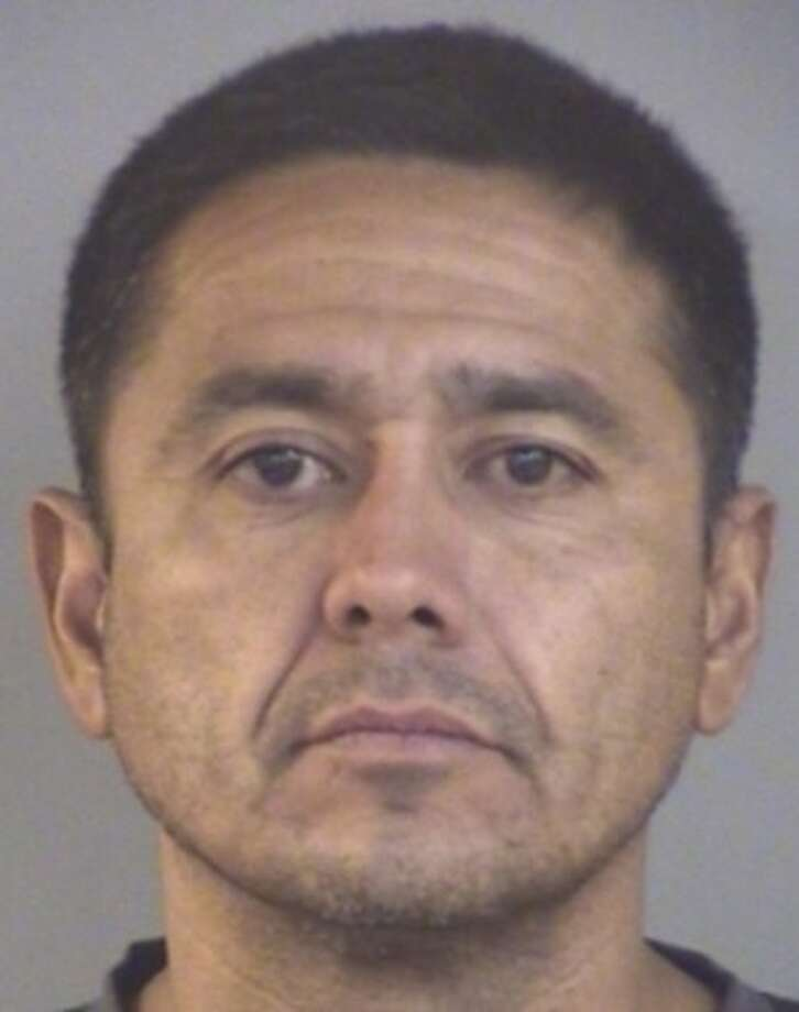 Ramon Mendoza Jr., 45, is wanted for vehicle theft, engaging in organized criminal activity, theft of property and conspiracy to commit theft of property. Photo: Courtesy Texas Department Of Public Safety