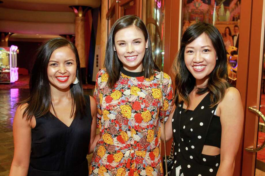 PHOTOS: AT THE MOVIES