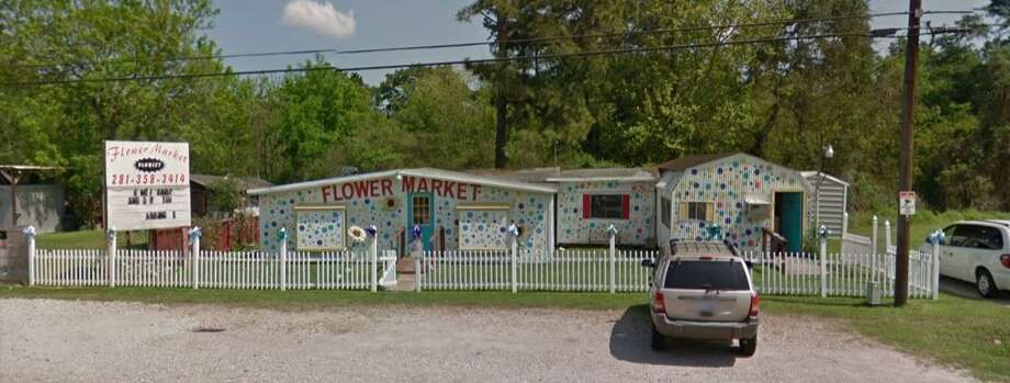 The Flower Market has been on Loop 494 since 1979. Owner Connie Coulter said she's concerned of losing business since she has limited parking to offer. Photo: Courtesy: Google Earth