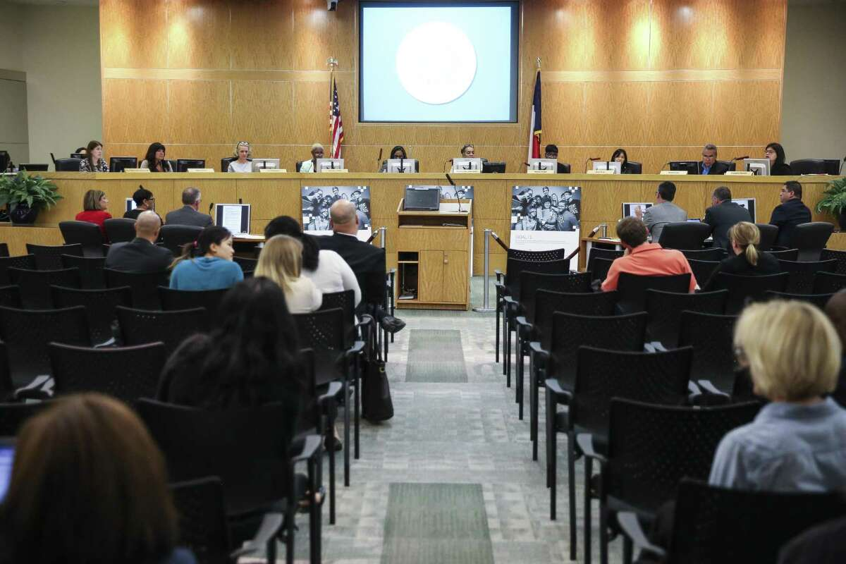 In this April 2018 file photo, the Houston ISD Board of Education meets to consider a proposal to surrender control of 10 schools to an outside organization as part of a plan to avoid state sanctions. (Michael Ciaglo / Houston Chronicle)