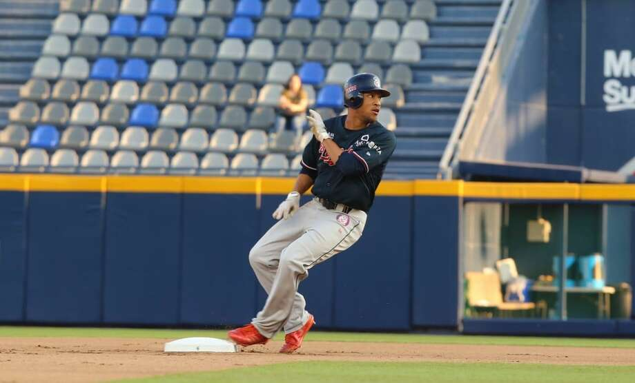 Center fielder Johnny Davis had a go-ahead two-run double in the seventh inning to give the Tecolotes a 5-3 lead Friday at Durango. Photo: Courtesy Of The Tecolotes Dos Laredos, File