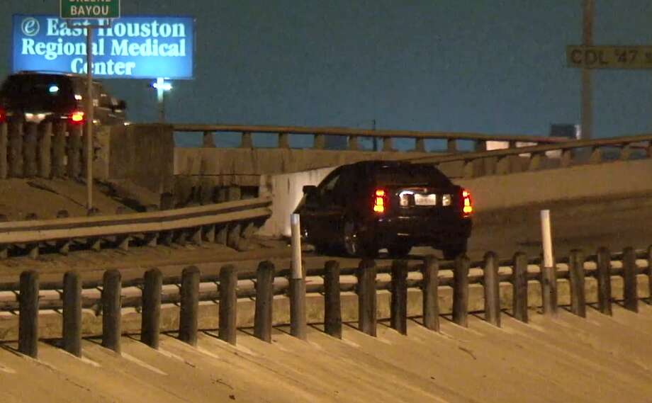 HPD: Racing ends in fatal crash on I-10 at Normandy - Houston Chronicle
