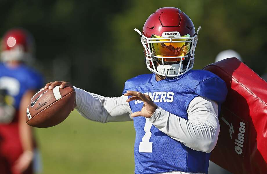Kyler Murray is poised to follow Heisman Trophy winner Baker Mayfield as Oklahoma's starting quarterback. Photo: Sue Ogrocki / Associated Press