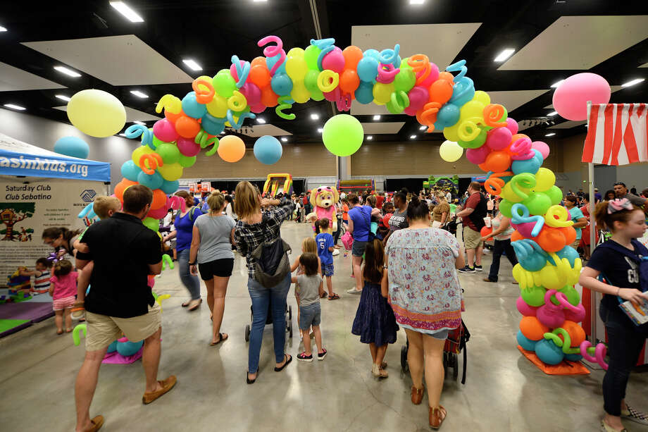 Family Fun Day by Boys And Girls Club of Midland featuring a backpack and school supply giveaway, children's activities, and car show, Aug. 11, 2018, at Horseshoe Pavilion.  James Durbin/Reporter-Telegram Photo: James Durbin / ? 2018 Midland Reporter-Telegram. All Rights Reserved.