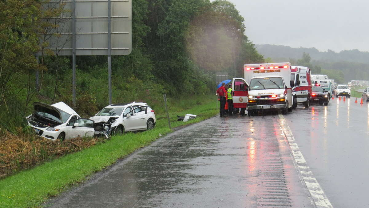 State Police investigate a deadly crash on I-90 in Rensselaer County (Tom Heffernan Sr. / Special to the Times Union)