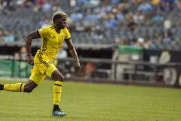 Columbus Crew's Gyasi Zardes, runs after the ball during the first half of an MLS soccer match against New York City FC, Saturday, July 14, 2018, in New York. (AP Photo/Andres Kudacki)