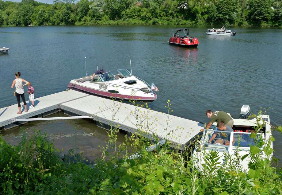 With summer weather finally here boaters head for the water as here at the Freeman's Bridge boat launch on the Mohawk River Friday June 29, 2018 in Glenville, NY.  (John Carl D'Annibale/Times Union) Photo: John Carl D'Annibale / 20044234A