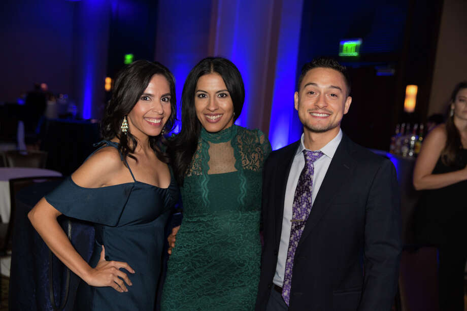 Familiar faces reconnected at the 2018 University of Texas at San Antonio Alumni Gala on Saturday, Aug. 11, 2018 at the Hyatt Hill Country Resort. Photo: B. Kay Richter For MySA.com