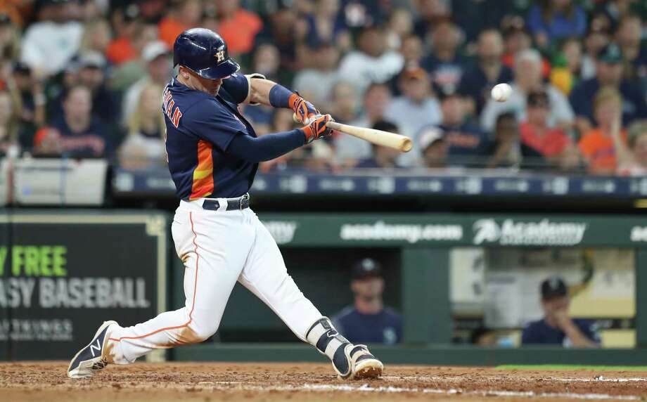 Houston Astros third baseman Alex Bregman (2) gets a hit in the 8th inning during an MLB game at Minute Maid Park Sunday, Aug. 12, 2018, in Houston. Photo: Steve Gonzales, Houston Chronicle / © 2018 Houston Chronicle