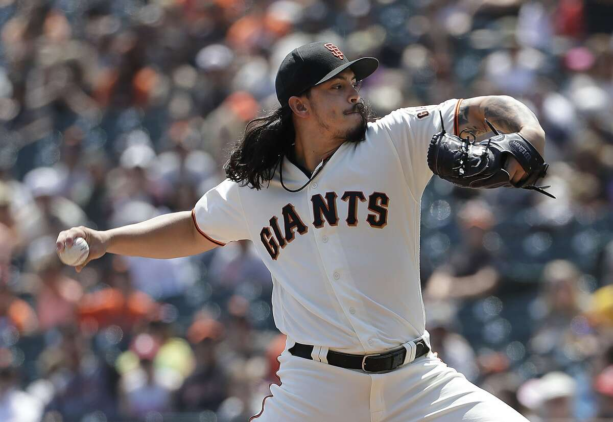 San Francisco Giants pitcher Dereck Rodriguez throws against the Pittsburgh Pirates during the first inning of a baseball game in San Francisco, Sunday, Aug. 12, 2018. (AP Photo/Jeff Chiu)