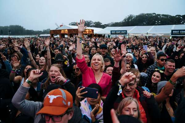 Fans react to Salt-n-Pepa performance at the House by Heineken stage during Outside Lands Music and Arts Festival at Golden Gate Park in San Francisco, Calif., on Sunday, Aug. 12, 2018.