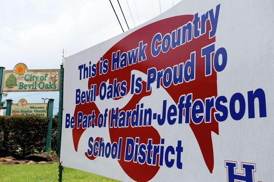 A sign along Texas 105 celebrates Bevil Oaks joining the Hardin-Jefferson school district.  Photo taken Friday 8/10/18 Ryan Pelham/The Enterprise Photo: Ryan Pelham/The Enterprise / ?2018 The Beaumont Enterprise