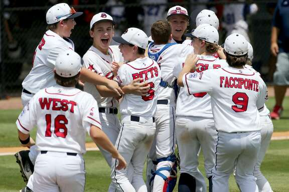 Members of Texas East Post Oak celebrate their win over Oklahoma at the Southwestern Regional Little League tournament Wednesday, Aug. 8, 2018, in Waco, Texas. (Rod Aydelotte/Waco Tribune Herald)