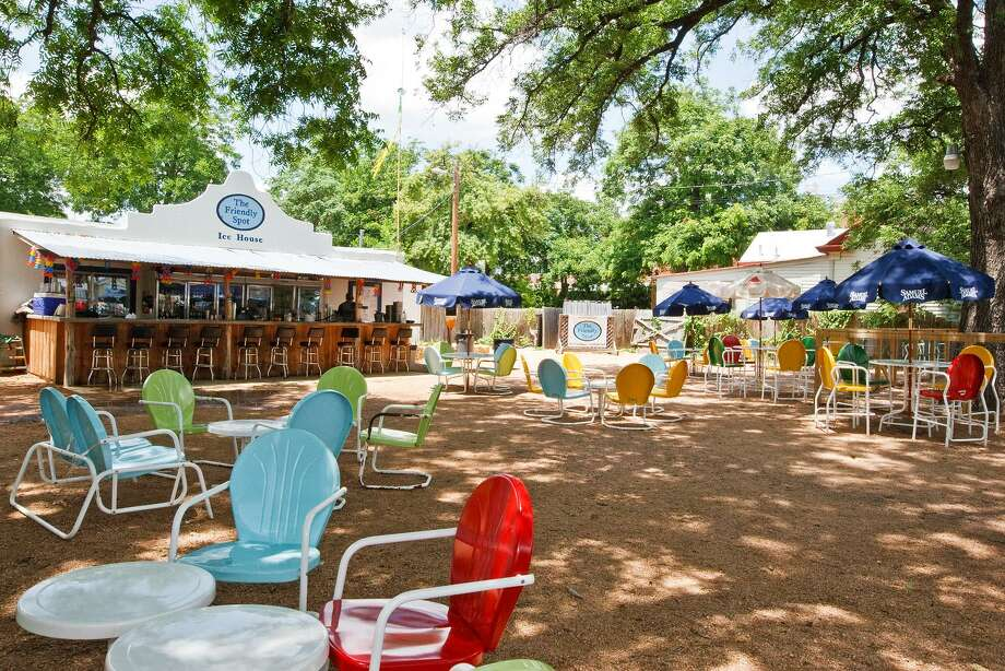 The Friendly Spot Ice House on South Alamo Street (pictured) is known for a large variety of beer on tap and in bottled form and its extensive outdoor play an entertainment area. It owners have announced plans to open a second location at 2040 W.W. White Road in 2019. Photo: Marvin Pfeiffer /Staff Photographer / Prime Time Newspapers 2010