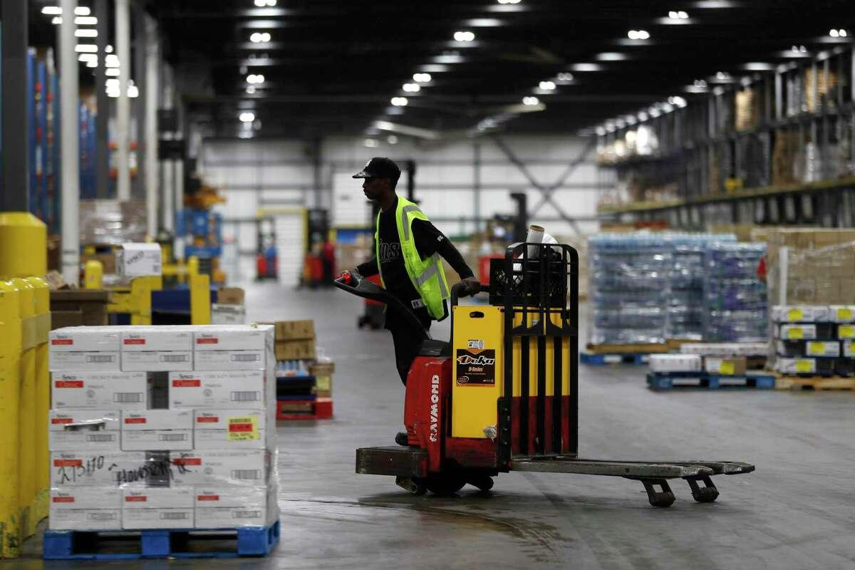 Warehouse at Sysco Houston at 10710 Greens Crossing Blvd., Monday, June 25, 2018, in Houston. ( Karen Warren / Houston Chronicle )