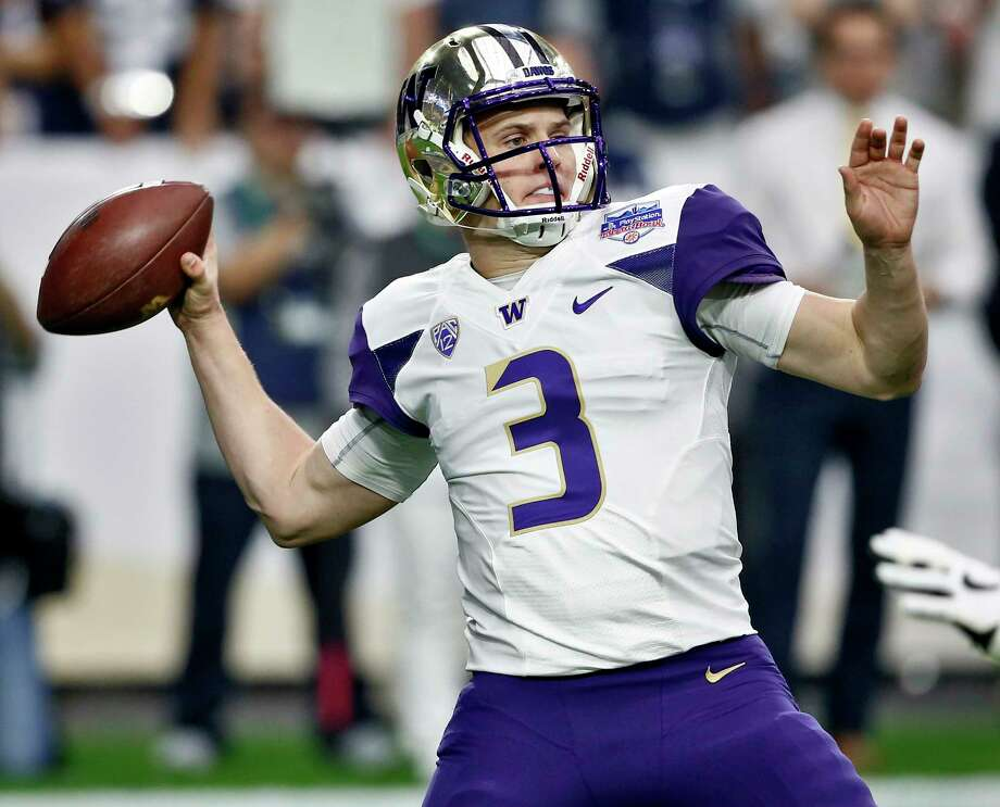 FILE - In this Dec. 30, 2017, file photo, Washington quarterback Jake Browning (3) throws against Penn State during the first half of the Fiesta Bowl NCAA college football game in Glendale, Ariz. Browning is hoping to repeat what Baker Mayfield did last year. Mayfield was a Heisman Trophy longshot in the preseason but ended up winning the award while leading Oklahoma to the College Football Playoff for the second time in three years. The senior leads a list of Heisman contenders who are off the radar. (AP Photo/Ross D. Franklin, File) Photo: Ross D. Franklin / Copyright 2017 The Associated Press. All rights reserved.
