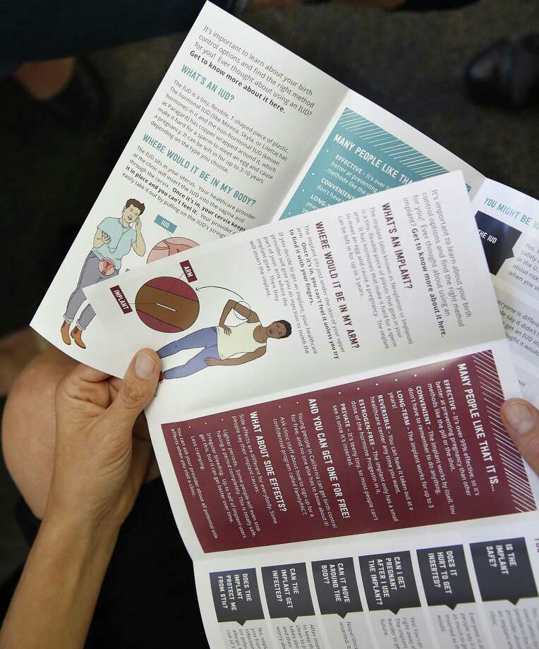 The best teen pregnancy prevention programs are evidence based. The U.S. Health and Human Services Department is pushing abstinence-only. Photo: Liz Hafalia /The Chronicle / online_yes