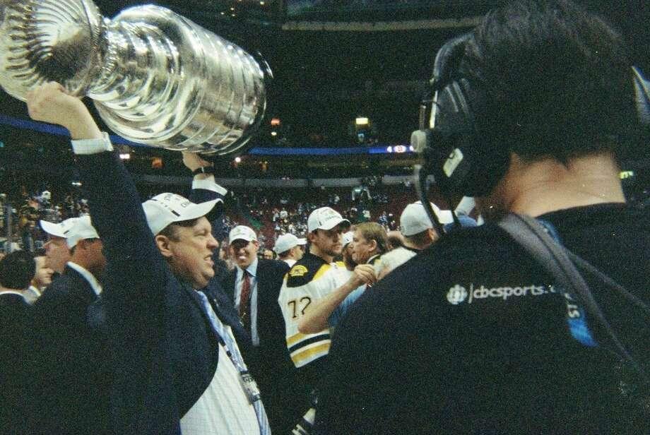 Smith se desempeñaba como director de cazatalentos con los Bruins de Boston cuando ganaron la Copa Stanley en 2011. Photo: Foto De Cortesía