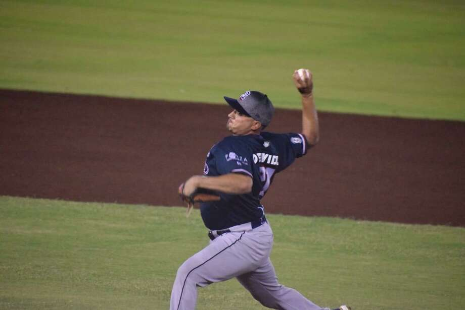 Pitcher Jose Oyervides threw six scoreless innings as the Tecolotes Dos Laredos recorded their seventh shutout of the year and fourth this season in a 4-0 win at Algodoneros Union Laguna on Tuesday night. Photo: Courtesy Of The Tecolotes Dos Laredos, File