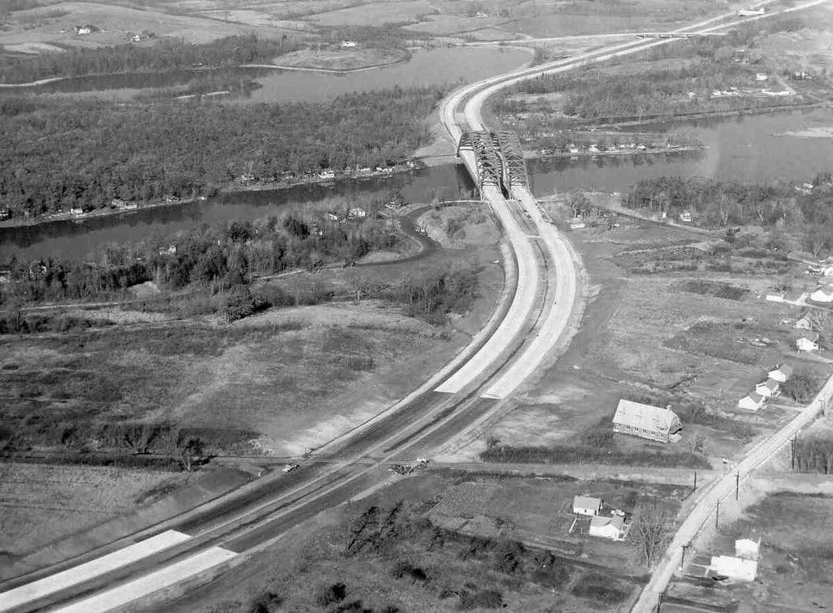 Construction of the Northway, showing the Thaddeus Kosciusko Bridge, late 1950s. (DA Collins Companies)