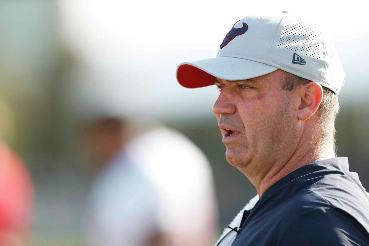 Houston Texans head coach Bill O'Brien walks onto the practice field before a joint practice betwen the Texans and San Francisco 49ers at the Methodist Training Center on Wednesday, Aug. 15, 2018, in Houston.
