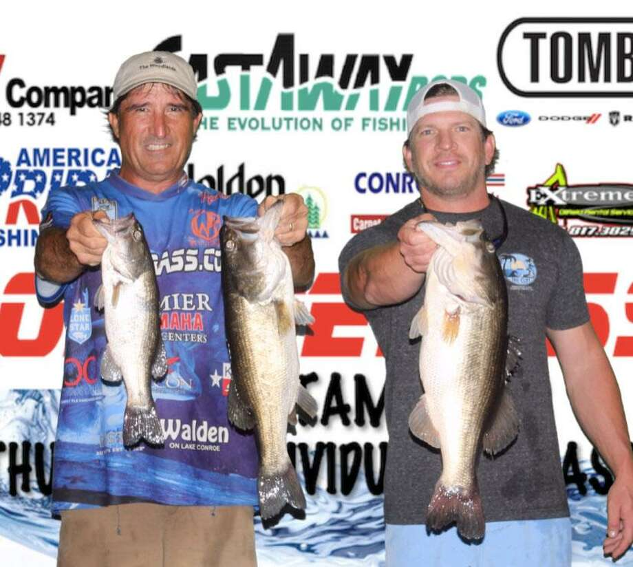 Robert Baney and Brandon Wilson won the CONROEBASS Tuesday Tournament with a stringer total weight of 13.22 pounds. Photo: Conroe Bass