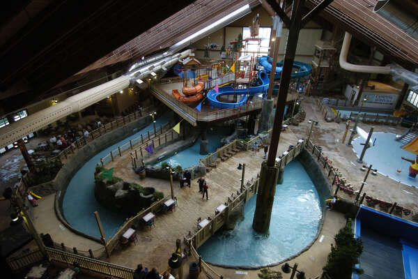 The Six Flags Great Escape Lodge & Indoor Waterpark opened to the public in February 2006. (Skip Dickstein / Times Union)