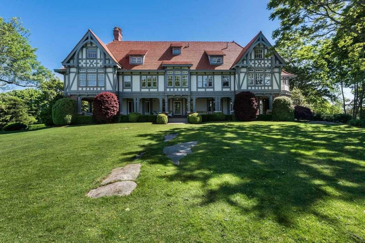Mansion on Rogers Island