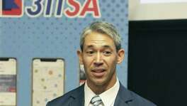 Mayor Ron Nirenberg talks at the launch party for the 311SA mobile app designed by Cityflag on August 15, 2018.