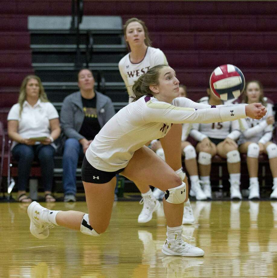 Magnolia West's Alyssa May (8) returns a hit during the first set of a non-district volleyball match at Magnolia West High School on Wednesday, Aug. 15, 2018, in Magnolia Photo: Jason Fochtman, Staff Photographer / Staff Photographer / © 2018 Houston Chronicle