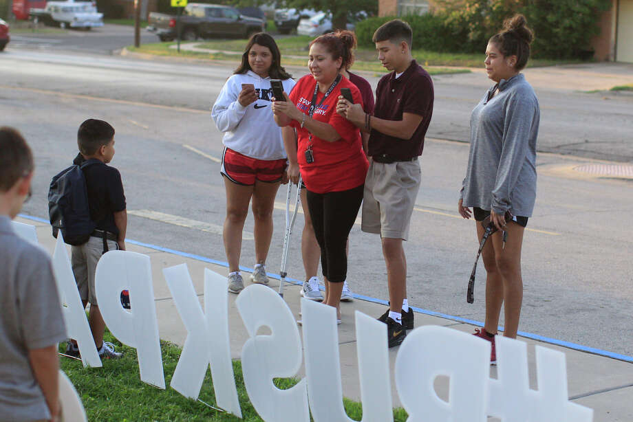 Send us your photos of the first day of school for your students to mcordero@mrt.com Photo: James Durbin / ? 2018 Midland Reporter-Telegram. All Rights Reserved.