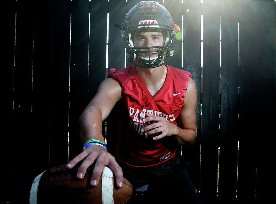 St. Pius X quarterback Grant Gunnell was named the All-Greater Houston Preseason Player of the Year.  Photo: Elizabeth Conley, Staff Photographer / © 2018 Houston Chronicle