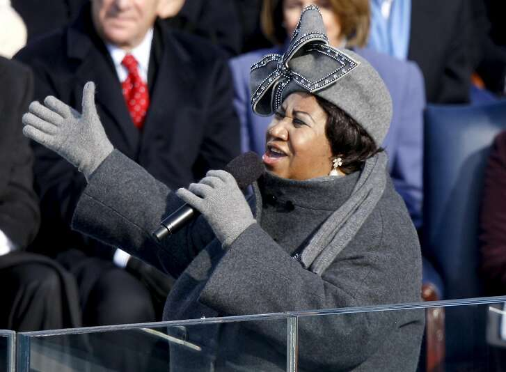 Singer Aretha Franklin performs during the inauguration ceremony for U.S. President Barack Obama at the U.S. Capitol in Washington on Jan. 20, 2009. MUST CREDIT: Bloomberg photo by Dennis Brack