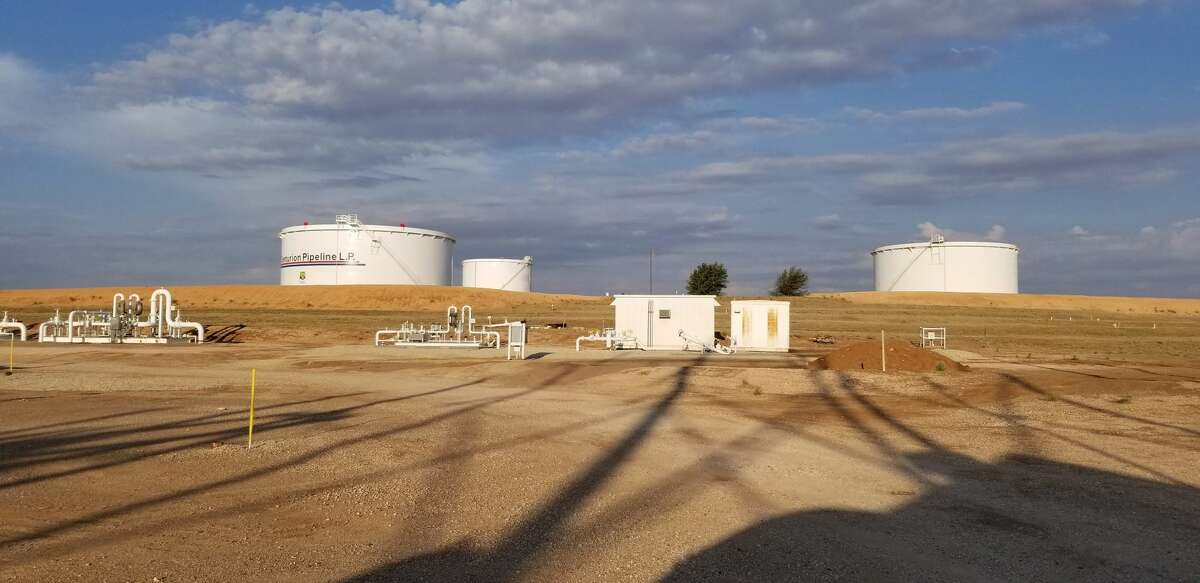 Dominating those actions are Occidental's plans to sell its Ingleside Energy Center terminal, its Centurion pipeline system and a southeastern New Mexico crude gathering system, all for $2.6 billion in proceeds the company will pour into its core exploration and production business.