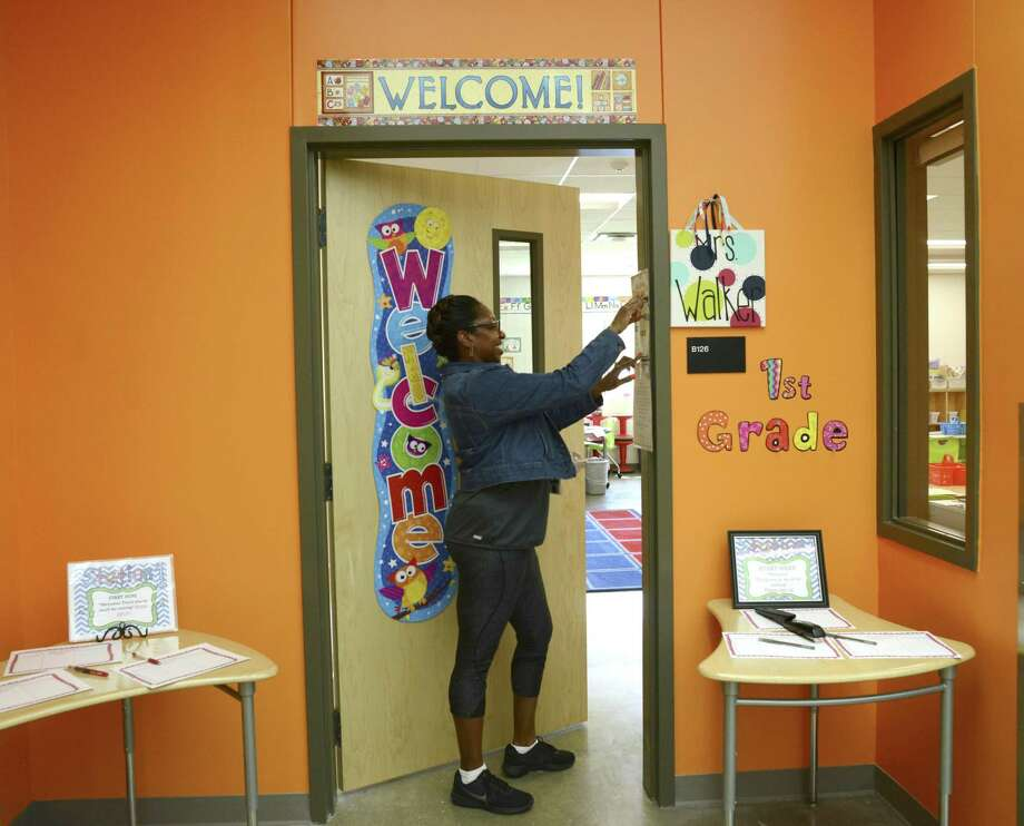 Two districts with schools within Bexar County have announced they will open for in-person learning in August, with a majority of students opting for on-campus schooling. Photo: Billy Calzada /Staff Photographer / San Antonio Express-News