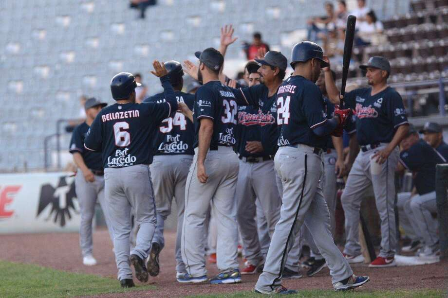 The Tecolotes Dos Laredos won 10-5 on Thursday night at Algodoneros Union Laguna for their first road sweep and first road winning record of 2018. Photo: Courtesy Of The Tecolotes Dos Laredos