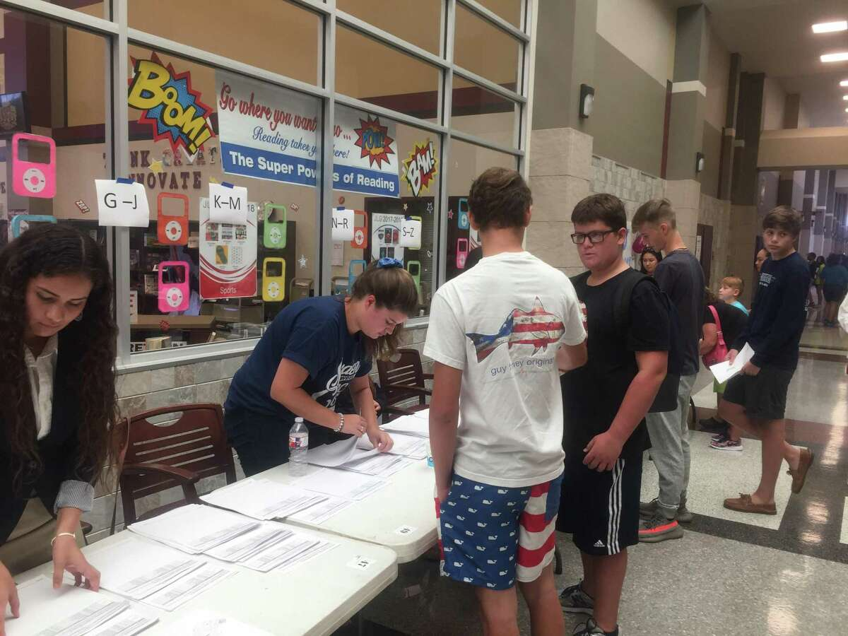 Summer Creek High hosted on open house Saturday Sept. 9 for Kingwood Parents and students to tour the school before the first day on Monday Sept. 11.